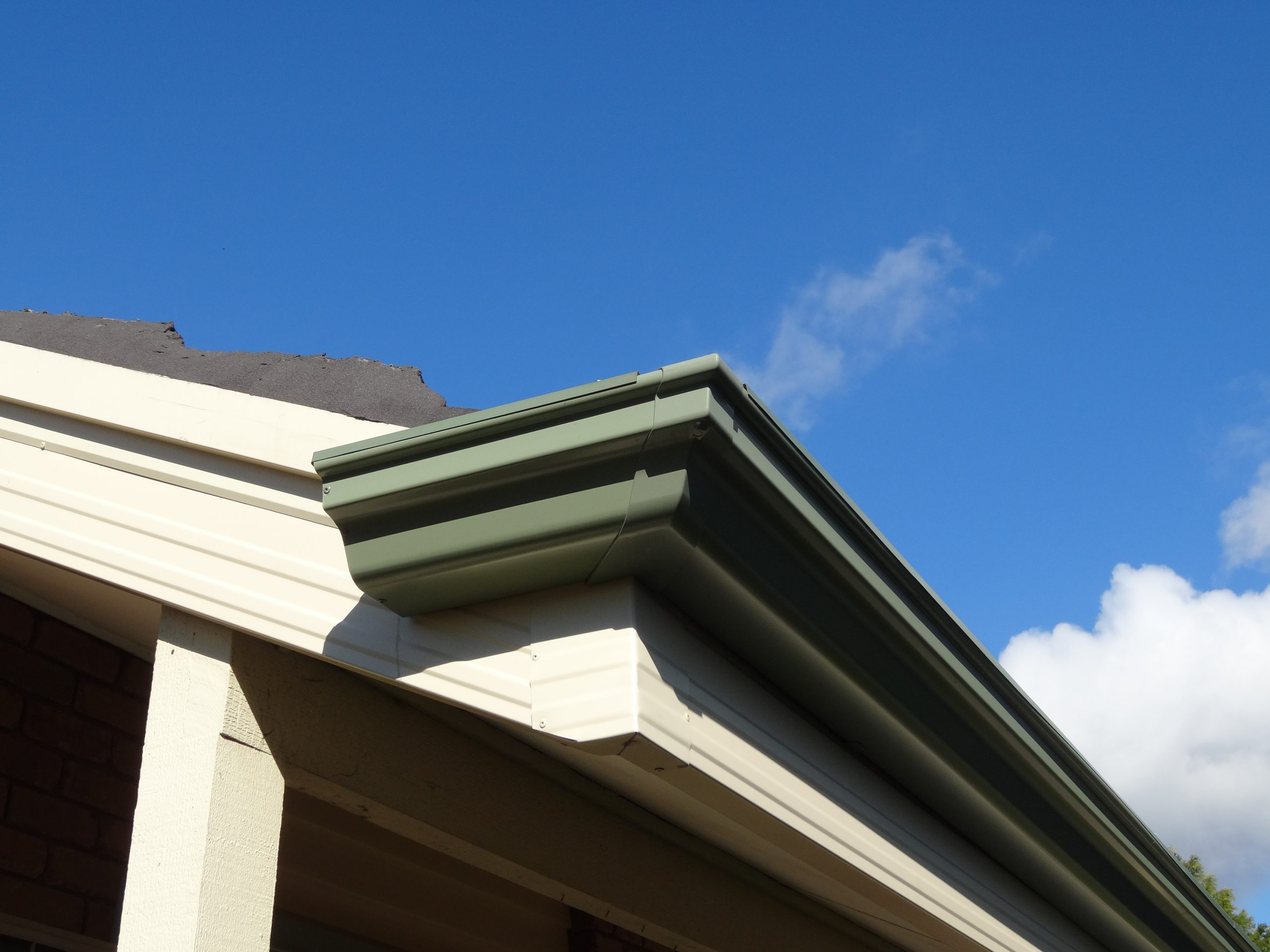 the best specialist of cement tile roof
